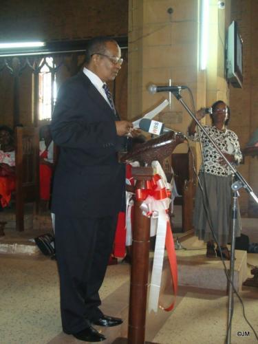 18 Prof. Nsibambi Ms.Cox family friend & govt rep